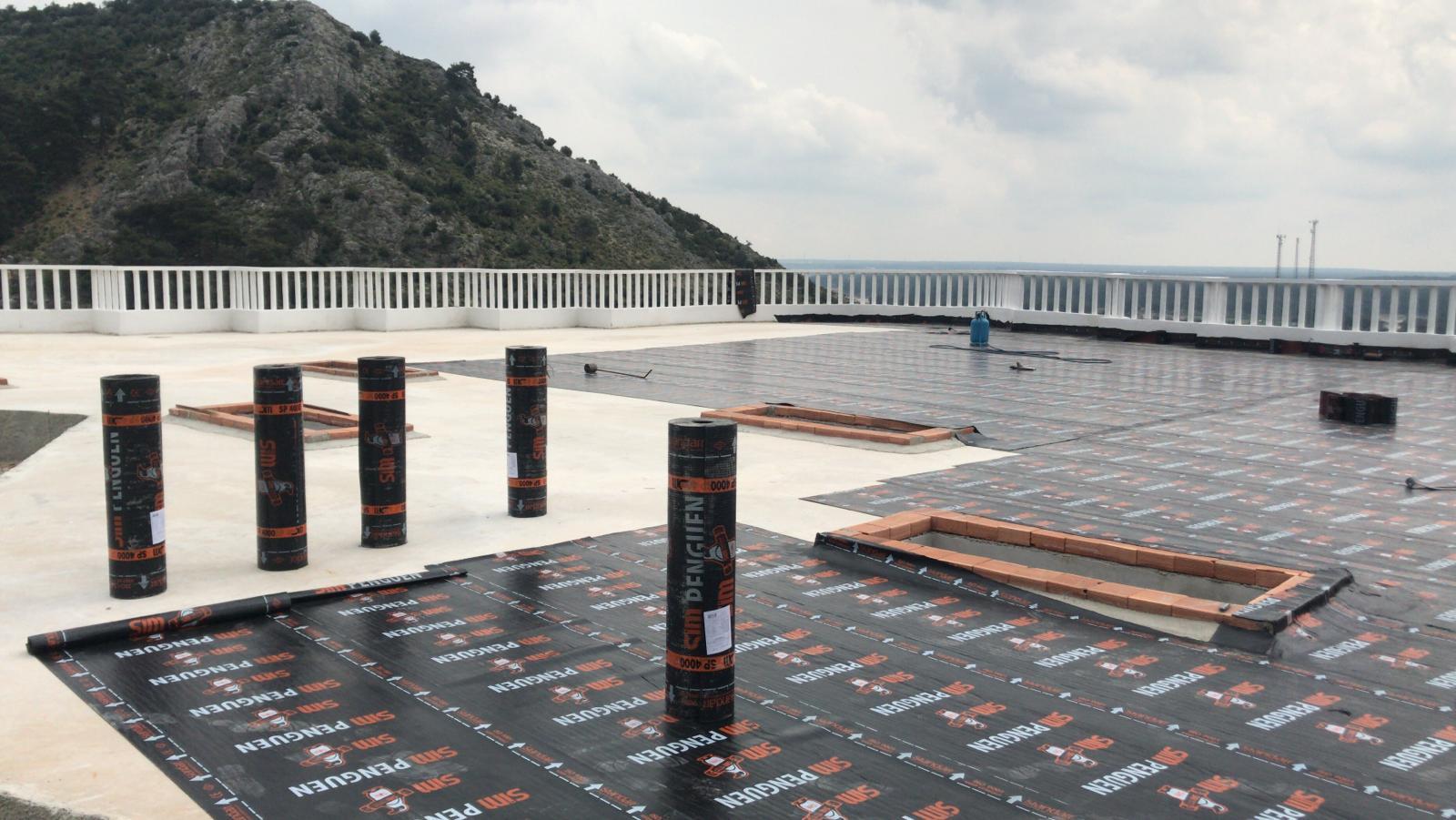 ARSUCAN İzolasyon-Antalya Döşemealtı Restoran Çatı Yalıtımı- SİM Penguen