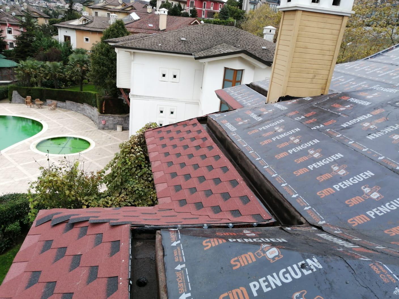 Zekeriyaköy Yeşiloba Villaları – SİM Shingle – Membran Uygulama – Gül Çatı